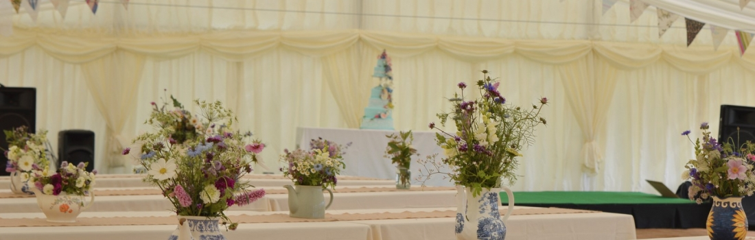 Weddings-Burrow-Farm-gardens-venue-reception-unusual-outdoor-marquee-4-1100x350